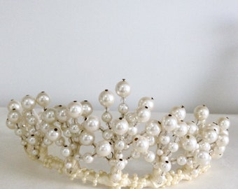 Vintage Faux Pearl and Clear Faceted Bead Tiara, Wedding Headpiece, Bridal Crown, Vintage Bride