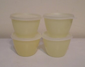Vintage Tupperware Yellow Refrigerator Bowls (4) with Lids Seals Excellent Condition!! # 148 and 215