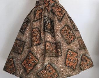 Gorgeous 50s Tiki Print Novelty Skirt / Tribal / Full Skirt / Bombshell / Large / Hawaiian