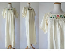 Embroidered Dress Ethnic Festival Maxi 70s 1970s Cotton Gauze Floral Embroidery Hippie Wedding Dress Boho Mexican Size Small Medium
