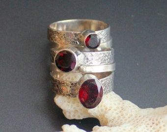 Garnet ring set, sterling silver 925, Handcrafted