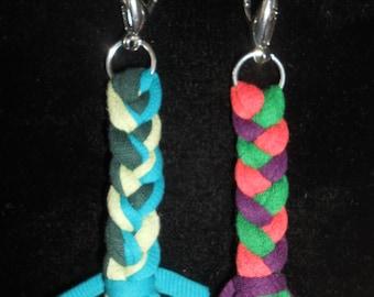 Sturdy zipper pulls (2)