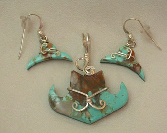 Turquoise Cowboy Hat Pendant and Earring Set/ silver wrapped/ Pilot Mountain