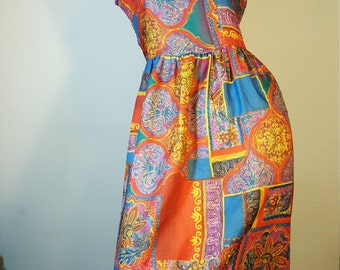 FREE  SHIPPING  Vintage 1970 Abstract Mod Maxi