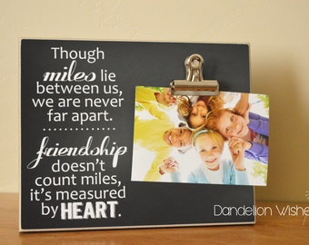 Going Away Gift, Moving Away Gift, Friendship Photo Frame Gift For Friends  {Never Far Apart}  Custom Picture Frame, Housewarming Gift Idea