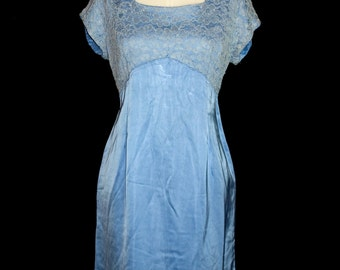 An Original Period Vintage Late 1950s / Early 1960s Blue Satin Lace Evening/Prom Dress Size M Medium Waist 32inch (Approx. Size 12)