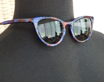 Cornu 390 L.A. Eyeworks - Thelma & Louise Style - Swap Out Prescription Lenses - Add Your Own Lens - Chic - Hollywood Glamour - Colorful