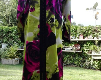Hippy green floral kaftan dress VINTAGE 70s purple roses woman woman kaftan dress dress woman