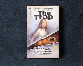 The Trap of John Knowler Vintage 1966 Gothic Horror Paperback Avon Books 1st Printing Nice! SCARCE!