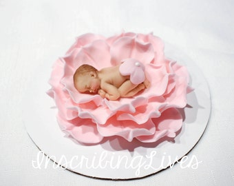 fondant cake topper Baby shower cake topper 3D baby on flower edible decorations girl christening blanket baptism keepsakes vintage