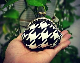 mini kisslock coins bag / little coins purse / 100% hand-stitches ~ houndstooth check