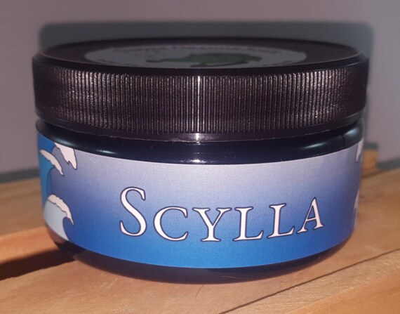 Tallow Shaving Soap - Scylla - Water lily, sea salt, lime and oud