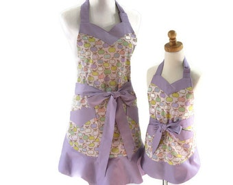 Mother and Daughter Apples Aprons, Mommy & Me Aprons, Purple Personalized Mom and Daughter Apron Set, Gift for Wife, Daughter, Granddaughter