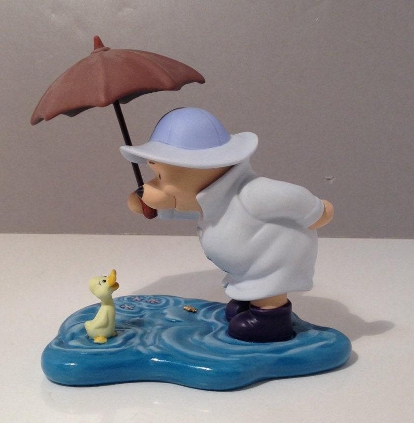 Winnie The Pooh Rain: Vintage Pooh & Friends Tut Tut It Looks Like Rain Rainy Day