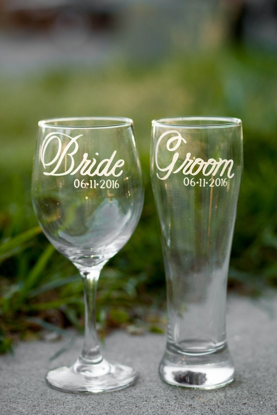 dating beer glasses