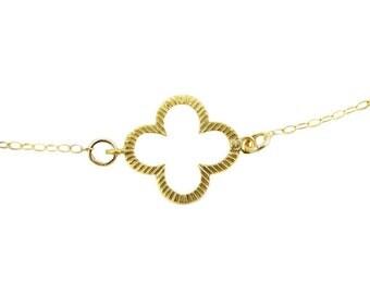 Four Leaf Clover Necklace, Clover Necklace, Gold Necklace, Layering Necklace, Irish Necklace, Dainty Gold Necklace