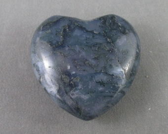 Moss Agate Heart - Love Stone, Puffy Heart, New Beginnings, Healing Crystals Stones, Hope and Trust, Abundance Stone, Good Luck Amulet T329