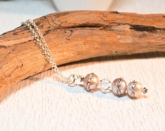 Silver Pearl Necklace, Beaded Pearl Bar Necklace, Layering Necklace, Bridesmaid Necklace, Wedding Jewelry, Modern Freshwater Pearl Necklace