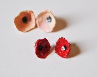 Red flower stud earrings made of papier mache, handmade paper flowers, poppy, gift ideas for her, boho and pin up, FREE WORDLWIDE SHIPPING