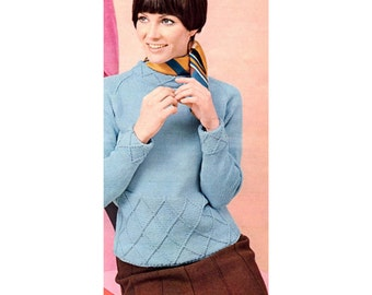 Women's Retro Knitted Pullover Sweater Pattern from the 60s