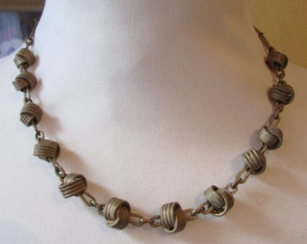 Vintage brass-tone love knot & chain link necklace