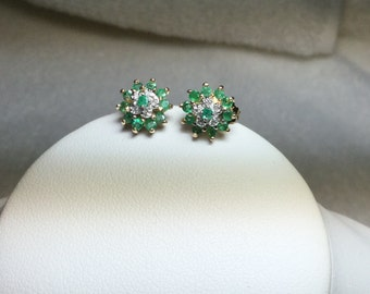 Emerald and Diamond Earrings 14 KT Yellow Gold.