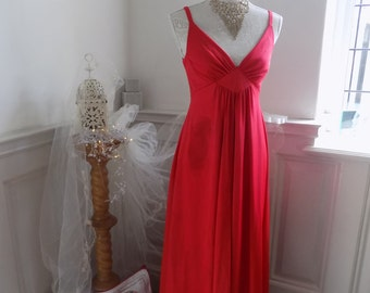 Red Vintage Evening Dress by YVette Size 38