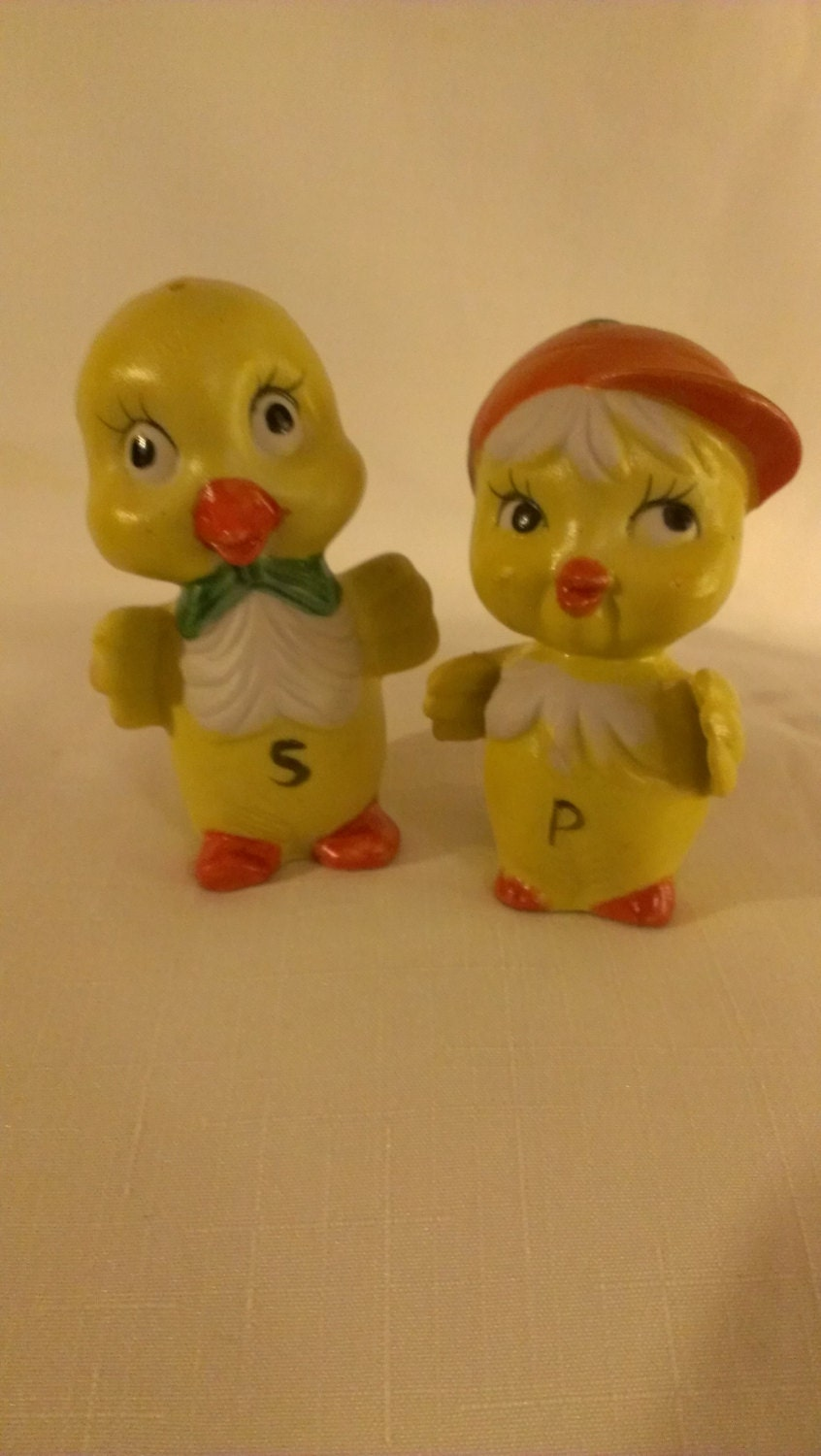 Cute Chick Salt And Pepper Shakers 765