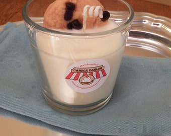 Chocolate Chip Cookie & Milk Candle - Vanilla Scented