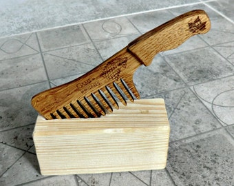 Game of Thrones Beard comb Personalized Wooden Beard Comb Gift for dad Gift for him Gifts for boyfriend Valentine gifts for men