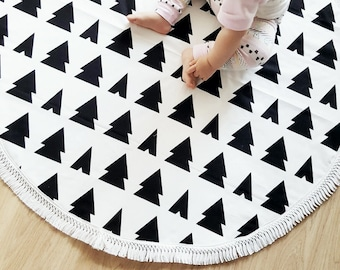 Play Mat, Floor Rug Nursery Decor, Padded play mat, Round rug
