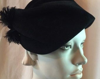 1940's Beret Style Velveteen Vintage hat with feather accents