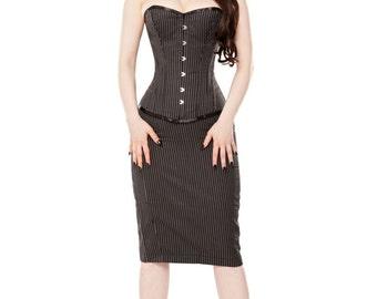 Figure Hugging Skirt & Corset For Glamour Vixens!