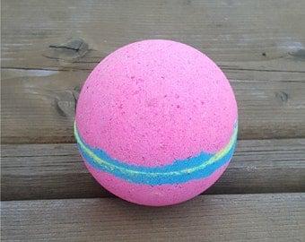 So Neon Pink bath bomb