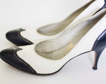 Size 7.5 or 8 Swift Vintage Women's Heels,  Dark blue and white Pumps, From Hong Kong