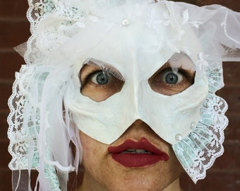 La Ricoletti - Dead Bride Skull Masquerade Mask for Halloween - Inspired by the Abominable Bride Sherlock Holmes