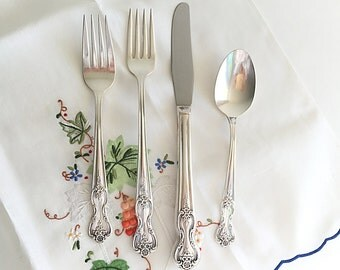 Mid Century Silverware Rogers Silverplate Flatware Cutlery 4 Place Settings Shabby Chic Floral Silverware Inspiration Magnolia