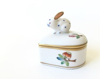 Porcelain Heart Ring Trinket Box Herend Heart Box w/ Bunny Rabbit