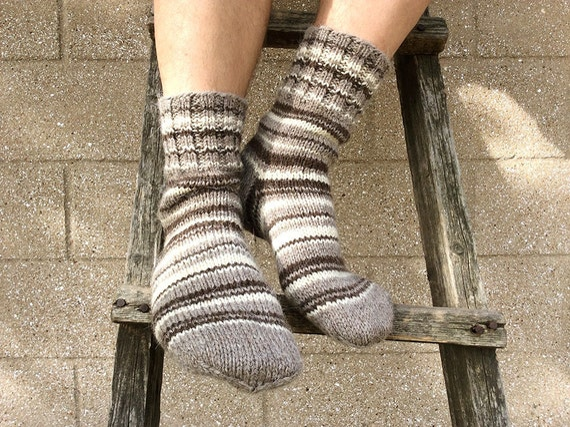 Men's Socks EU size 43-45 - 100% Natural Organic Undyed Wool - Cozy Christmas Gift