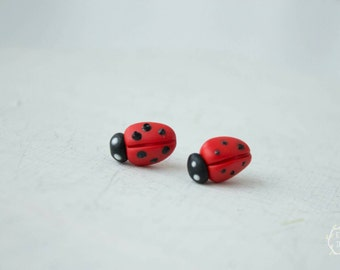 Red Ladybugs Stud Earrings Wholesale Small Hypoallergenic Polymer Clay Studs Women Girls Accessory Birthday Wedding Bridal Gifts