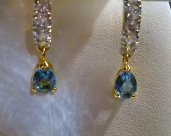 Vintage Clear and  Blue Rhinestone Earrings, Blue Dangling Earrings, Rhinestone Drop Earrings,  Wedding Earrings, Party Earrings,