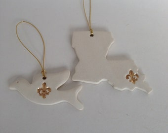 White & Gold Louisiana Fleur De Lis Pottery Ornament