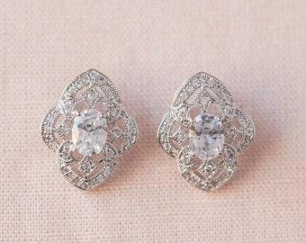 Crystal Stud Bridal Earrings, Rose Gold Wedding Earrings, Bridesmaid jewelry Wedding jewelry Swarovski Bridal Jewelry, Lola Stud earrings