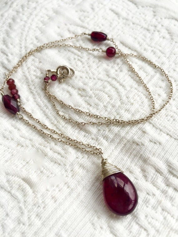 January Birthstone Necklace  - Garnet Necklace - Garnet Pendant Necklace - Root Chakra Jewelry - Necklace for Grounding and Stability