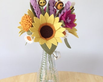 PDF tutorial: DIY felt flowers - sunflower bee bouquet (no sew!)