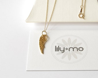 Gold Wing Necklace, wing necklace, angel wing necklace, romantic gift, gift for her, gold angelwing, bird wing jewelry