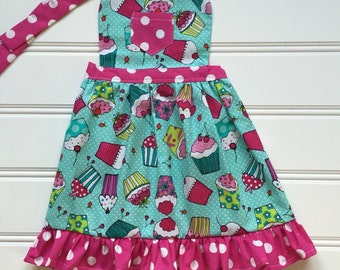 Apron for Kids, Kids Apron, Cooking Apron, Cute Apron, Children's Apron, Kitchen Apron, Toddler Apron, Cupcake Apron, Childs Apron