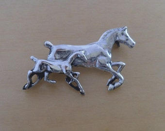 925 Sterling Silver Horse and Foal, Pony Brooch
