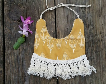 Mustard leaves fringe bib
