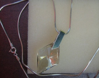 925 Silver chain with square pendant Crystal!